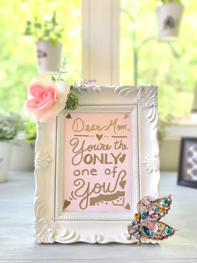 DIY Mothers Day Gift Picture frame